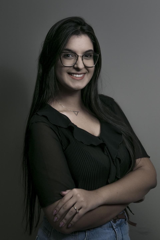 Larissa Carvalho<